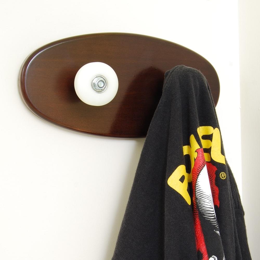 porte manteau skateboard deux roues de skate pour. Black Bedroom Furniture Sets. Home Design Ideas