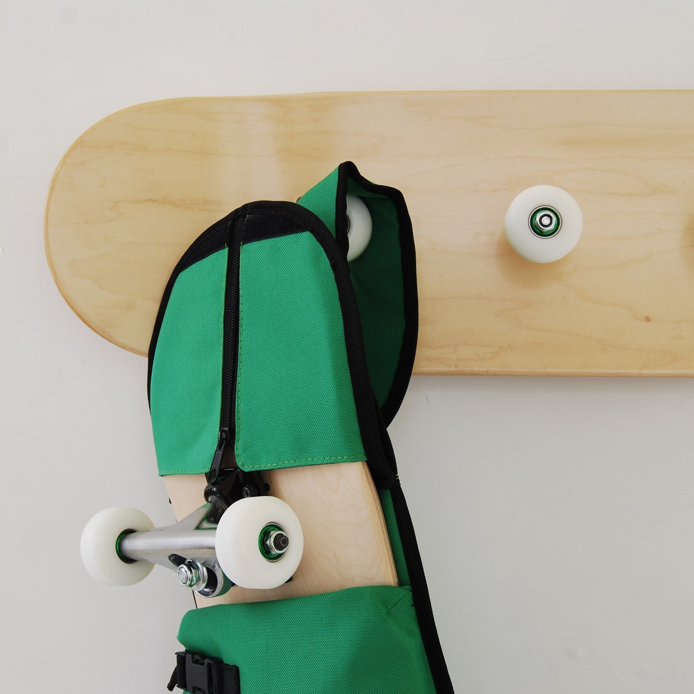 planche de skate sacs dos et sacs skate. Black Bedroom Furniture Sets. Home Design Ideas