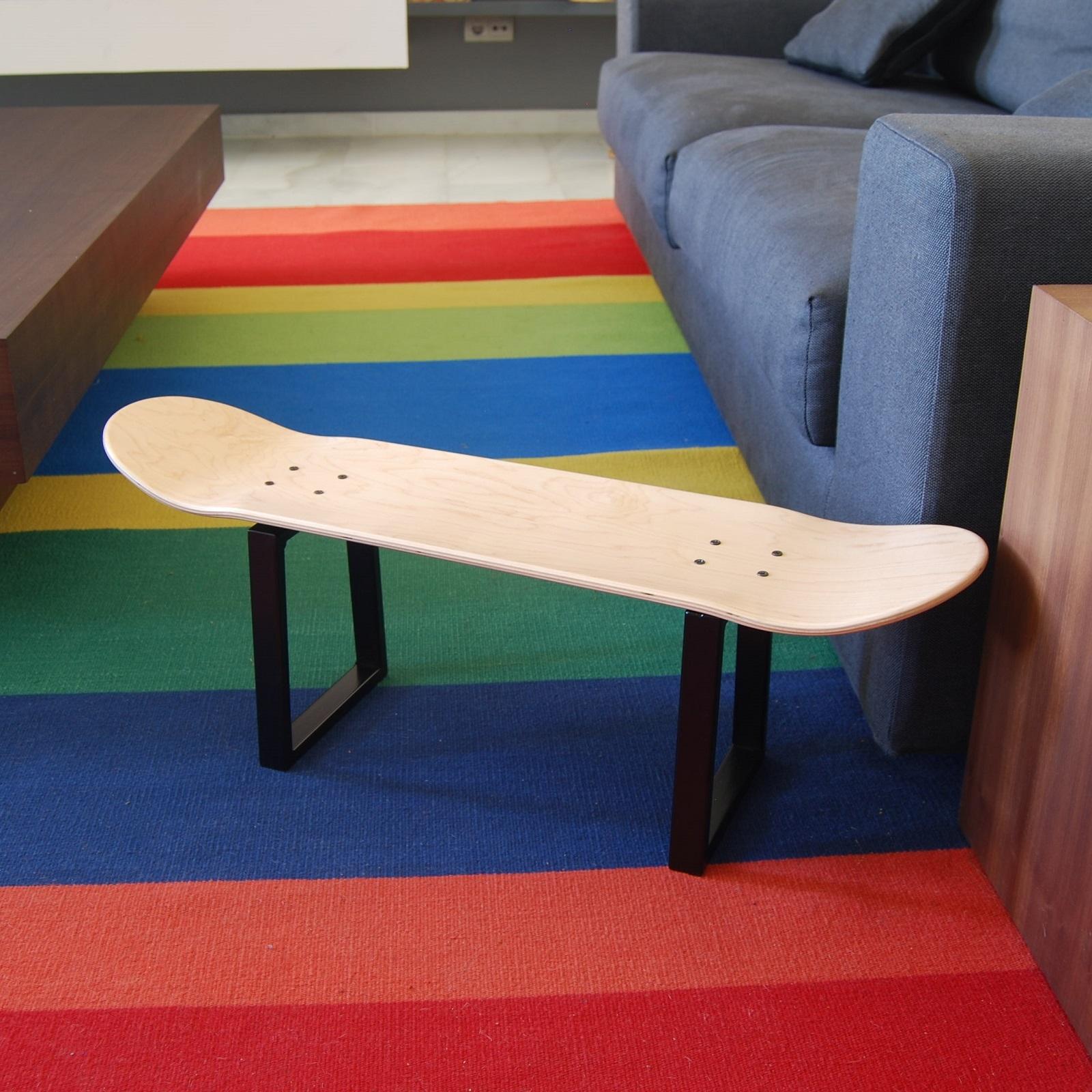 Skater weihnachten gift skateboard deck hocker beine couchtisch - Skateboard mobel ...