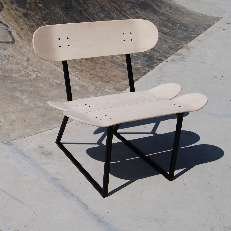 Skateboard Chair Benihana