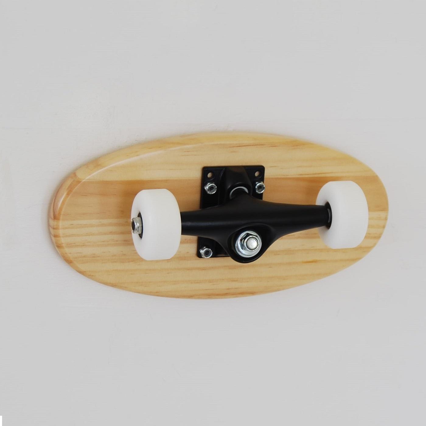 porte manteaux crooked naturel skate home skateboard. Black Bedroom Furniture Sets. Home Design Ideas