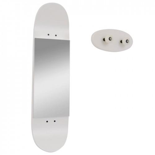 Skateboard Spiegel und Wandgarderobe, weiß