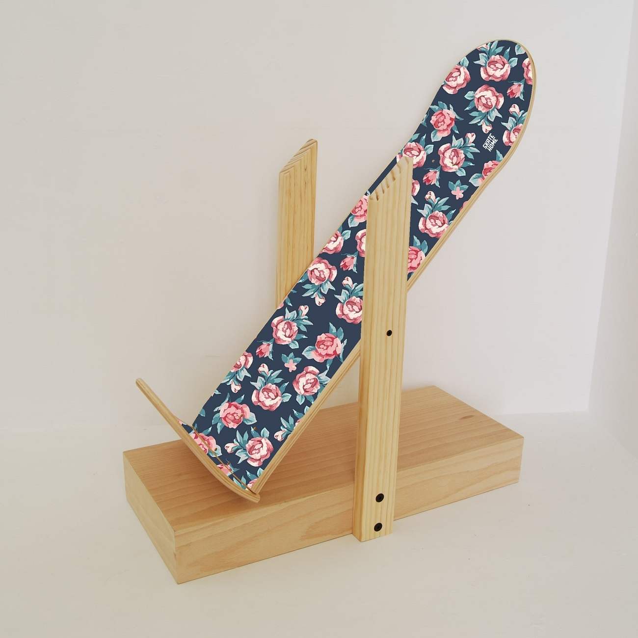 Skateboard Shelf skateboard shelf backflip 1.0 - small roses - skate-home