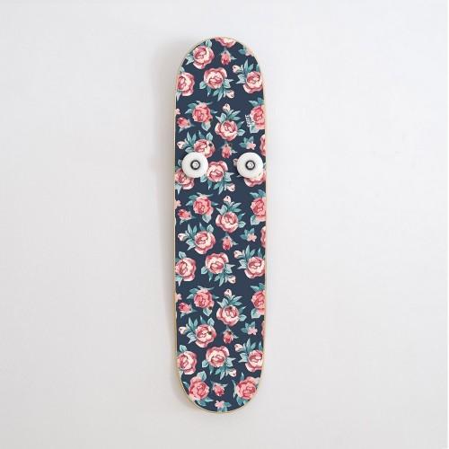 Vertical Porte-manteau Skateboard Handplant, Petites Roses