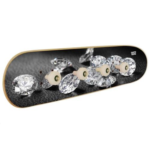 en casa es donde comienza el skate con este perchero a tu estilo