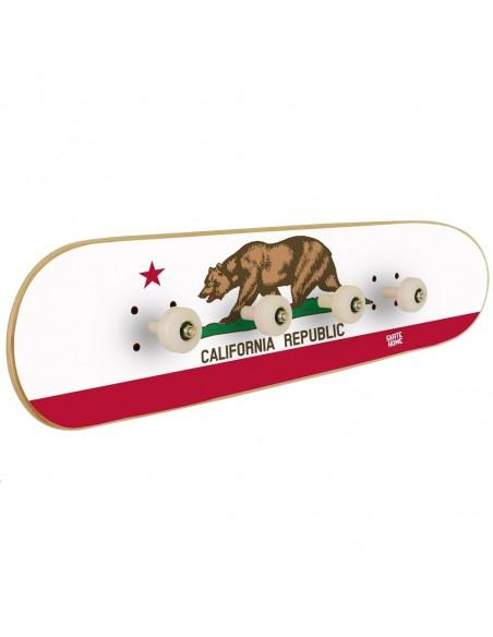 Perchero Skateboard Bandera California
