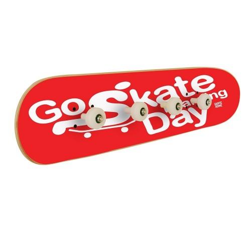 Go Skateboarding Day, Wandaufhänger Rot