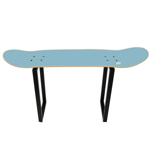 Essential piece to decorate the skateboarding enthusiast room