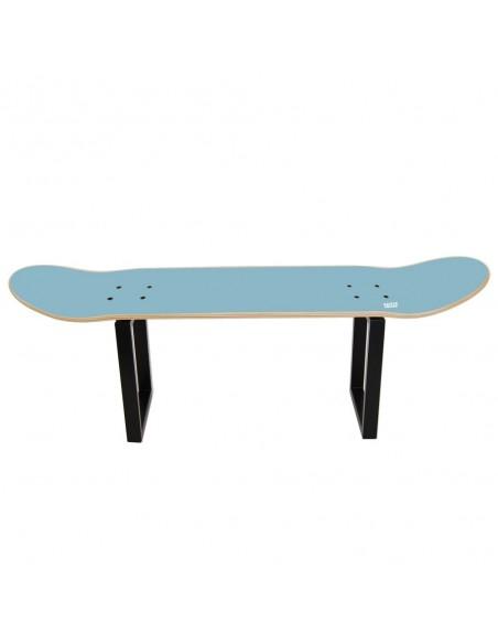 Skateboard Hocker No Comply - Blauer Himmel