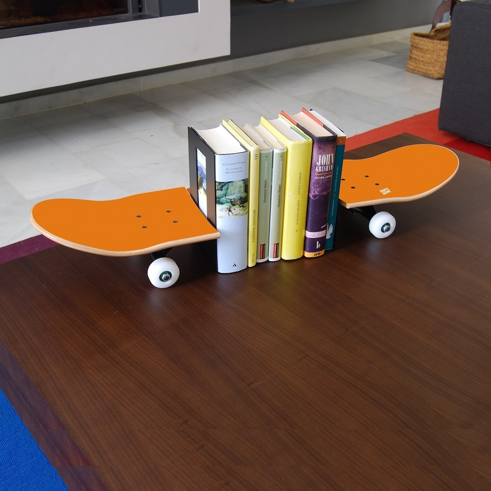 voulez vous donner touche style skate votre maison serre livres. Black Bedroom Furniture Sets. Home Design Ideas