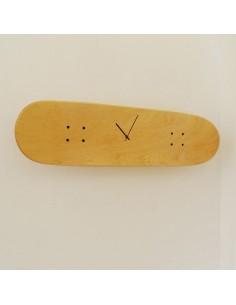 Décoration sur le thème Skate pour teenage avec horloge skateboard