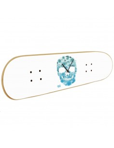 Skate clock skull: original gifts ideas for skateboard fan.