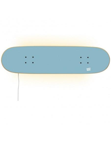 Skateboard lampe, Blauer Himmel