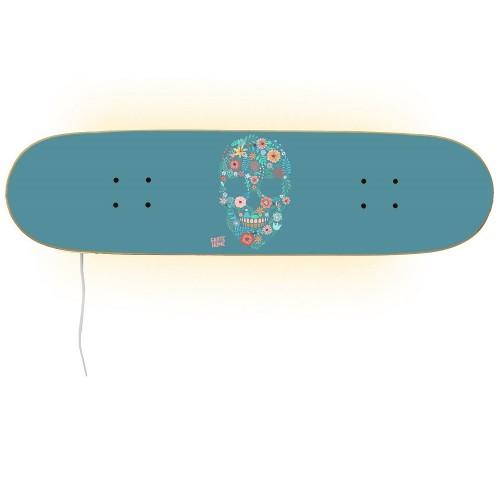Meubles avec skateboard cadeau parfait pour les skateurs