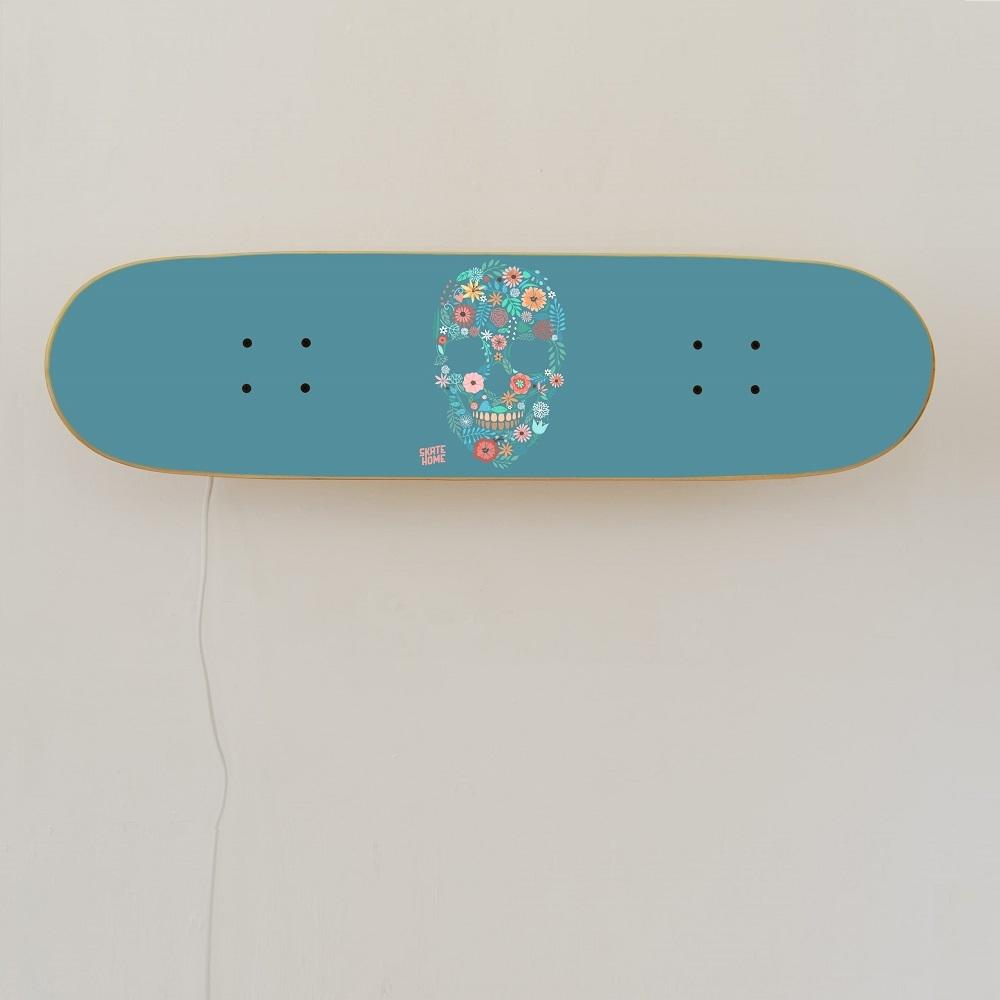 m bel mit skateboard perfektes geschenk f r skater. Black Bedroom Furniture Sets. Home Design Ideas