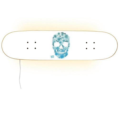 Skull Design Lampe für Skateboarder und Sportfan
