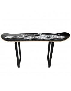 Mueble skate en diamantes para dar un toque de lujo a tu casa