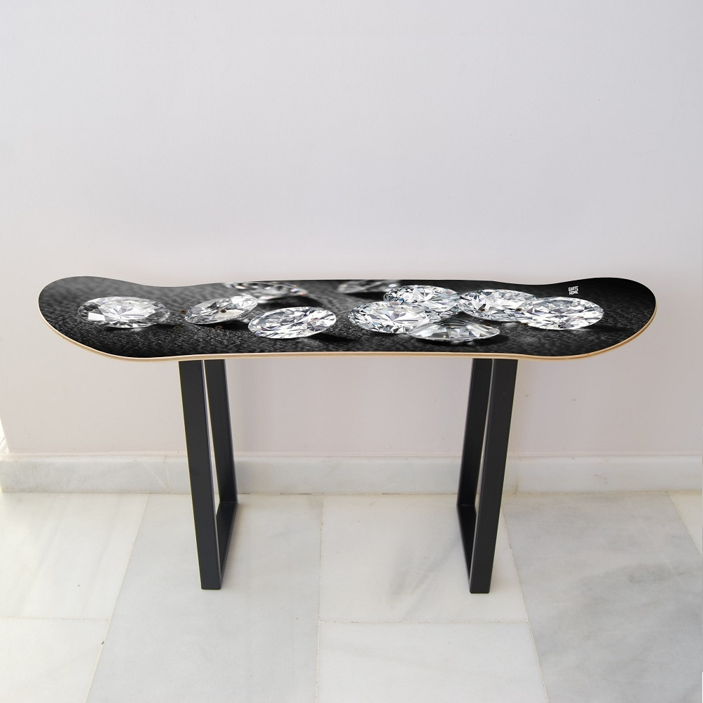 Meubles de skateboard en diamants pour donner une touche de luxe - Donner des meubles a une association ...